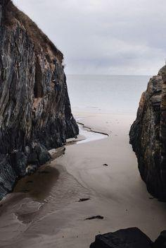 "lastinq: ""kodiiakk: ""earthil: ""travel, love, live "" for the wild heart "" //nature// "" Beautiful World, Beautiful Places, Beautiful Ocean, Landscape Photography, Nature Photography, Beach Photography, Levitation Photography, Exposure Photography, Winter Photography"