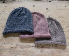 Hotte huer i blød mohair - susanne-gustafsson. Knitting For Charity, Couture, Knitted Hats, Knitting Patterns, Projects To Try, Winter Hats, Ravelry, Blog, Diy