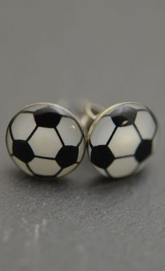 Want to take a soccer ball with you wherever you go? Try on these awesome soccer ball earrings! They are super fun and are a great soccer goodie bag gift for birthday parties!