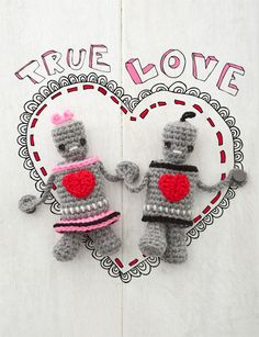 Mr. & Mrs. Robot free crochet pattern by crochet today (downloadable pdf on page)
