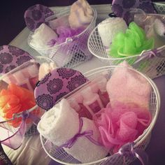 Goody bags: Inexpensive basket, socks, shower puff, a hand towel, sleep mask and bath gels/lotions. Sleepover Birthday Parties, Girl Sleepover, Slumber Party Games, Birthday Gifts For Girls, Girl Birthday, Birthday Ideas, 10th Birthday, Sleepover Activities, Diy Goodie Bags Birthday