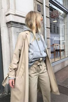 Even though I missed out on Paris fashion week this season, I still have a trip coming up in April. So I have been using all the street style from this season as inspiration for packing. Here are my 5