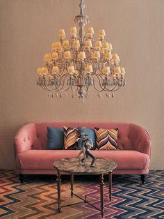 Lladró präsentiert neue Lichtkollektion mit einer breiten Auswahl an Neuheitsprodukten der Firefly Kollektion – Perfekt zum Dekorieren von zeitgenössischem Interieurs.