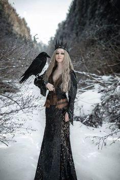 Meanwhile Back in The Dungeon. — the Raven Queen Foto Fantasy, Dark Fantasy, Fantasy Art, Fantasy Queen, Dark Beauty, Gothic Beauty, Fantasy Inspiration, Character Inspiration, Foto Poster