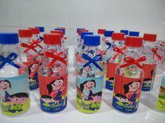 Garrafinha de acrílico personalizada. Lacinho e Tampa de varias cores. Tampas: vermelha, azul escuro, azul bebê, pink, rosa bebê, branca, verde pistache, amarela.  se desejar tampa prata e dourada acrescentar R$ 0.20 em cada garrafinhas. (sob consulta).  FAZEMOS NO TEMA, NAS CORES QUE DESEJAR... ... Energy Drinks, Red Bull, Gigi 2, Kids, Baby Blue, Dark Blue, 2 Year Anniversary, 5 Years, 20s Party