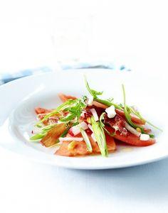 Salade de pastèque aux radis et oignons frais - Régal