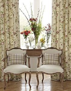 Choose a mixture of wildflowers and traditional roses for a country chic style Stylish Interiors, Interior Inspiration, Curtains, Traditional Roses, Prestigious Textiles, Modern Prints, French Decor, Upholstery Fabric, Fabric Collection