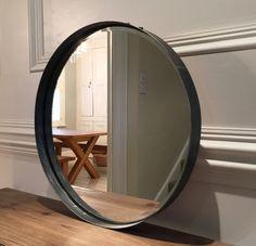 miroir mural rond en m tal noir suspendu par une corde tali miroir pinterest. Black Bedroom Furniture Sets. Home Design Ideas