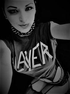 Maidens of Metal Chica Heavy Metal, Heavy Metal Girl, Heavy Metal Music, Heavy Metal Bands, Punk Women, Goth Women, Rocker Girl, Rocker Chic, Hybrid Moments