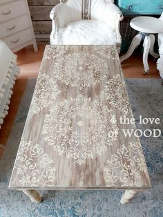 4 the love of wood: MDF TO OLD WORLD – furniture makeover - Interior Decoration Accessories coffee tables Old Coffee Tables, Painted Coffee Tables, Diy Coffee Table, Coffee Table Design, Decoupage Coffee Table, Coffee Table Upcycle Ideas, Refurbished Coffee Tables, Diy Old Furniture Makeover, Diy Furniture Table