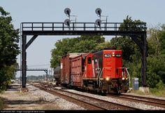 RailPictures.Net Photo: GTW 4626 Grand Trunk Western EMD GP9R at Pontiac , Michigan by Steve Davey
