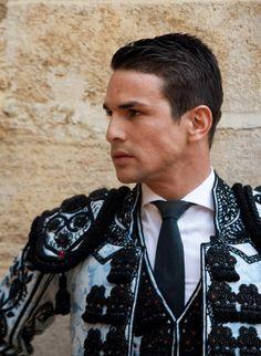 Elvis Presley Funeral, Matador Costume, Fantasy Male, Pretty Face, Gorgeous Men, Calves, Hot Guys, Spain, Handsome