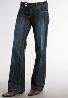 For high quality, traditional, western apparel with lasting style, look no further than Stetson. These fashionable 100% cotton womens jeans feature a slightly flared leg and dark wash. Stylish yet cla