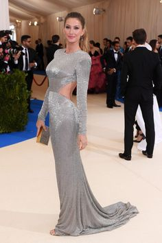 Gisele Bündchen arrived in a silver gown by Stella McCartney for the Green Carpet Challenge - May 1 2017