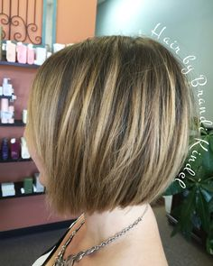 New shorter, shattered bob for Gina! This woman looks beautiful in every cut! New shorter, shat Bob Hairstyles For Fine Hair, Layered Bob Hairstyles, Lob Hairstyle, Hairstyles Haircuts, Bobs For Thin Hair, Short Hair With Bangs, Short Hair Styles, Shattered Bob, Line Bob Haircut