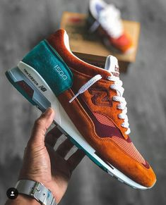New Balance 1500 Sneakers Sneaker Outfits, Sneakers Fashion Outfits, Sneaker Boots, Fashion Shoes, Mens Fashion, Fashion Trends, Best Sneakers, Shoes Sneakers, Sneakers Mode