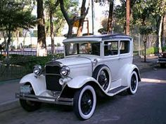 autos antiguos: Exposicion en Cali Colombia de autos antiguos