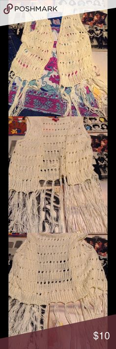 Cream knit fringe vest White knit Bongo top with fringe bottom end of knit hit right about the hips. Perfect for upcoming festival and concert season! The knit is more of a thicker thread so might be slightly warmer than another of this style. Size XL juniors  fits like a medium to large. BONGO Other