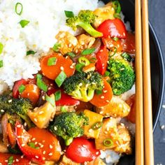 Teriyaki Chicken Stir-Fry - Evolving Table Teriyaki Chicken Stir-Fry is loaded with vegetables, full of lean chicken breasts, and served over rice for a quick, easy, and healthy alternative Teriyaki Stir Fry, Teriyaki Chicken And Rice, Chicken Stir Fry, Slow Cooker Chicken, Teriyaki Sauce Ingredients, Stir Fry Ingredients, Baked Shrimp, Baked Chicken, Chicken Recipes