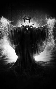 A Faerie's Heart Beats Fierce And Free - New post on afairyheart - Maleficent Quotes, Maleficent Wings, Maleficent Movie, Malificent, Arte Disney, Disney Art, Disney Movies, Disney Princess Tattoo, Punk Princess