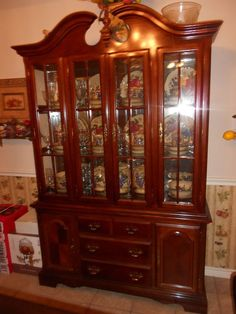A.R.T. Furniture Old World Formal China Cabinet with Glass ...