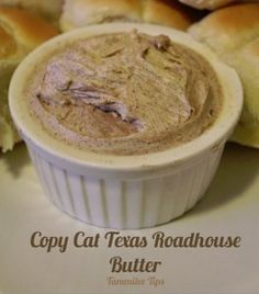 Homemade Texas Roadhouse Butter - With this recipe for Homemade Texas Roadhouse Butter, now you can enjoy a yummy cinnamon-honey butter spread any time you'd like, without the hassle of heading out to the restaurant!