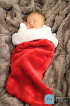 Easy Christmas Photo Ideas For Baby To Do At Home - pinned by 23snaps; the private family photo app.