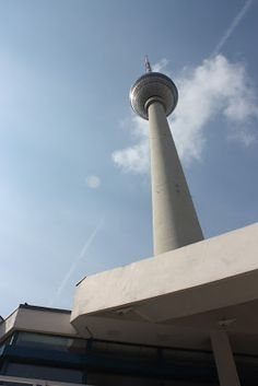 Berlin's landmark TV tower - Polish Housewife: Berlin