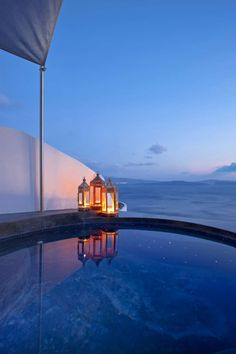 Jacuzzi Evening - Oia, Santorini