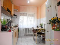 COMISION 0% Apartament 3 camere, Micalaca, zona Voinicilor, parter inalt, spatios 80 mp, semidecomandat, situat intr-o zona foarte buna, in apropiere de scoala, magazine, statia de tramvai. Se preteaza atat pentru locuinta, cat si pentru spatiu comercial.   Pret: 52.500 Euro, negociabil.  Agent: Paula Muntean Telefon: 0730631764 Vand, Loft, Furniture, Home Decor, Interiors, Lofts, Home Furnishings, Interior Design, Home Interiors