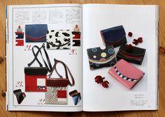 「小さい財布」「極小財布」小さいふのクアトロガッツ スタッフのブログ 『雑誌monoスペシャル「革の力 NO.5」にクアトロガッツが掲載されました☆』  今回の「革の力」は良質な革モノが欲しい人のための贈り物特集。その中で「小さいふ」ペケーニョとワンショルダーバッグをご紹介いただきました。  「独自のアイデアで革製品の楽しさを広げるクアトロガッツ。素材の作りもよく、しかも、人と違うモノ、愛着の湧くモノを持ちたい ー そんなワガママな人の希望を満たすため、こんな財布やバッグはいかかが?」 Turntable, Music Instruments, My Love, Bags, Products, Musical Instruments, My Boo, Handbags, Record Player