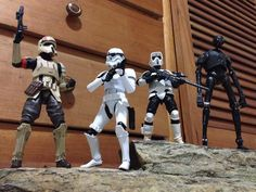 River Rocks for figures display   #darthvader #blackseries #stormtrooper #jedi #sith  #lego #starwarsfan #yoda #art #r2d2 #hansolo #bobafett #lukeskywalker #geek #forcefriday #cosplay #darkside #chewbacca #starwarday #lightsaber #toys #theforce #instagood #kyloren #thelastjedi #c3po #clonetrooper #Clone