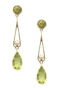 15k Yellow Gold 1 9mm Halved Pearl Peridot Edwardian Earrings Jewelry Antique