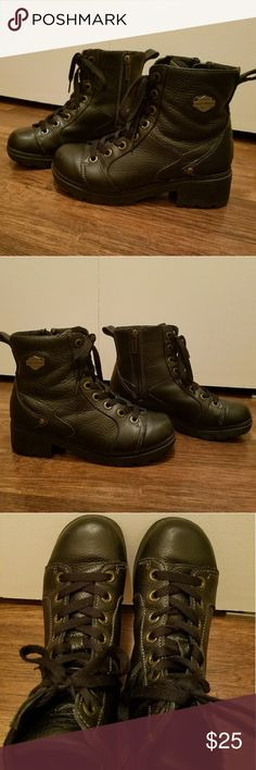 Womens Harley-Davidson Boots (size 8) These boots have been gently loved but still have a lot of life left. They are clean and in very good condition. They have zippers down the side. Harley-Davidson Shoes Lace Up Boots