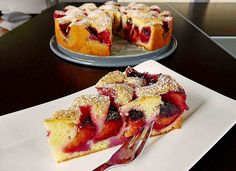 Pflaumenkuchen nach Oma Mia Plum cake to Grandma Mia, a great recipe from the fruit category. German Cakes Recipes, German Desserts, Cake Recipes, Food Cakes, Cupcake Cakes, Cake Recipe Using Buttermilk, German Plum Cake, German Baking, Gateaux Cake