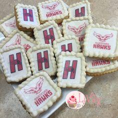 hartford university School Logo Cakepops and Cupcakes  #livaysweetshop #Today #bakery #cupcakes #cakes #plainfieldnj #happy #sweet #haveasweetday