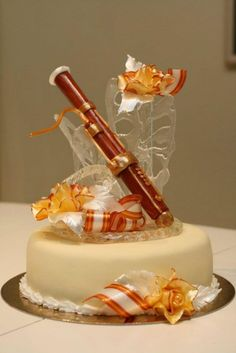 Sugar Art Cake Decorating : MUSIC CAKES on Pinterest Drum Cake, Piano Cakes and ...