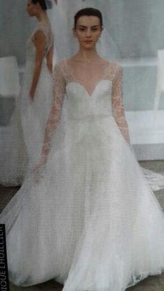 Monique lhuillier 2015 wedding gown