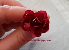 Wire nail polish rose by semeistvoadams.blogspot.com