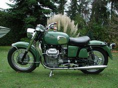 Moto Guzzi Ambassador › Custom Green Moto Guzzi V7 Gallery Classic Side View