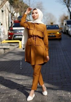 Hijab Fashion Summer, Modest Fashion Hijab, Modern Hijab Fashion, Street Hijab Fashion, Muslim Fashion, Fashion Outfits, Hijab Style Dress, Casual Hijab Outfit, Stylish Hijab