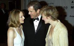 Jodie Foster, Mel Gibson e Glenn Close durante festa em Nova York, 2002