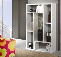 Si cuentas con poco espacio en casa, sin duda esta estantería quedara genial en tu sala. Colores Disponibles: Blanco, Haya, Peral, Cedro, Wengué. Medidas: 100 X 33 X 167 cm