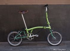 """Brompton Limited Edition""""Special light green"""" & """"Special dark green"""" www.bromptonjunction.it"""