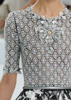hautekills:  Chanel haute couture f/w 2014  Haute Couture blog :)