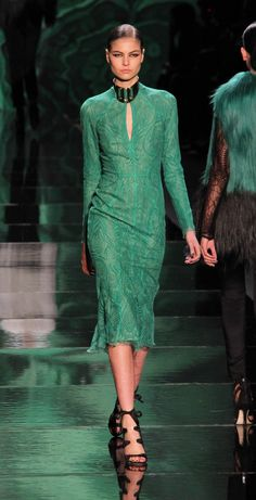 Monique Lhuillier Fall 2013 Emerald Green~Pantone Color of 2013