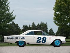 1963 Ford Galaxie 500 X-L 427 Lightweight NASCAR  The real reason for the mid-year introduction of the fastback roof design.