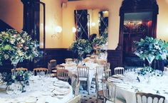 Beautiful table settings for beautiful events at El Palauet with El Molí @moliescala #weddings #bodas #interiors #events #flowers