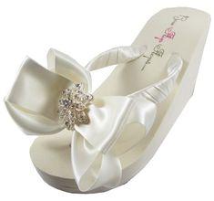 81d51ec258209 7 Best Bridesmaid flip flops images