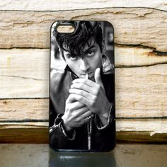 Alex Turner Artic Monkeys smoke For iPhone 4/4s by Floridina, $14.00